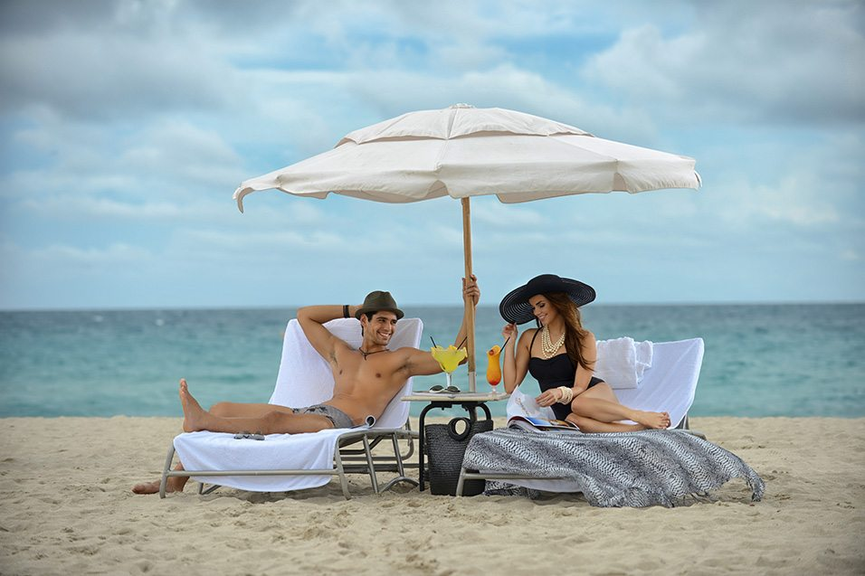 Couple in South Beach at the National Hotel